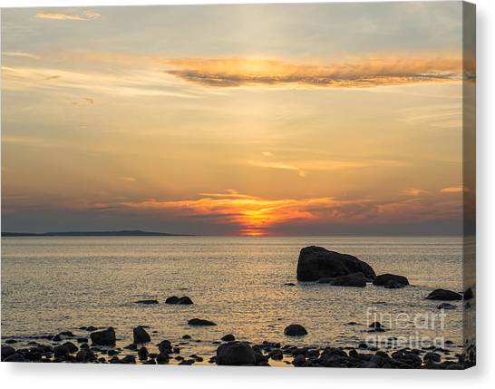 Sinking Beneath The Horizon Canvas Print