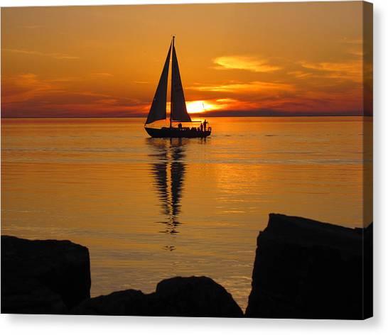 Sister Bay Sunset Sail 2 Canvas Print