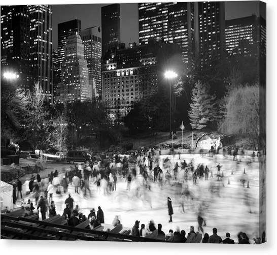 New York City - Skating Rink - Monochrome Canvas Print