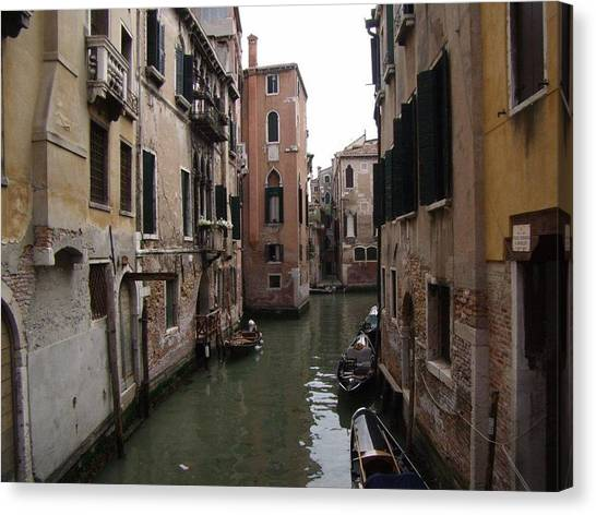Sleepy Afternoon In Venice Canvas Print