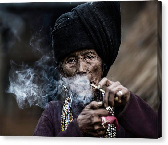 Necklace Canvas Print - Smoking 2 by Amnon Eichelberg
