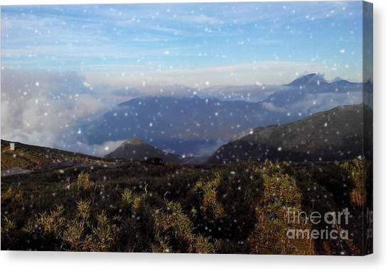 Snow  Mountain Canvas Print