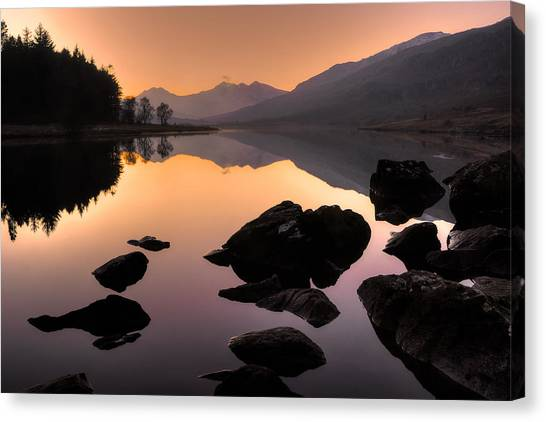 Snowdon At Dusk Canvas Print