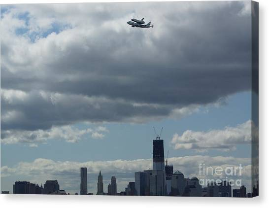 Space Shuttle Enterprise Flys Over Nyc Canvas Print