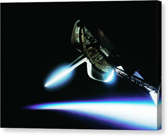 Space Shuttle Canvas Print - Space Shuttle by Science Photo Library