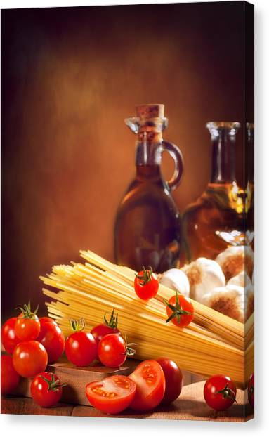 Spaghetti Canvas Print - Spaghetti Pasta With Tomatoes And Garlic by Amanda Elwell