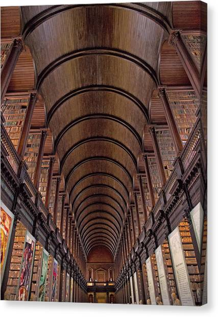 Queen Elizabeth Canvas Print - Speaking Shelves Of Trinity College by Betsy Knapp