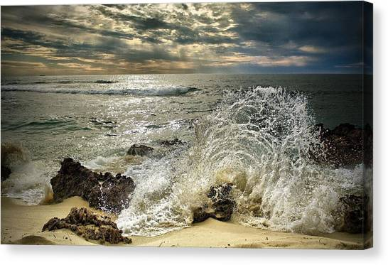 Splash N Sunrays Canvas Print