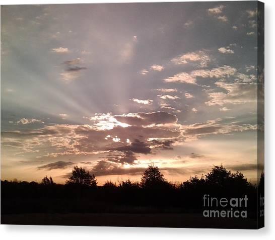Splendid Rays Canvas Print