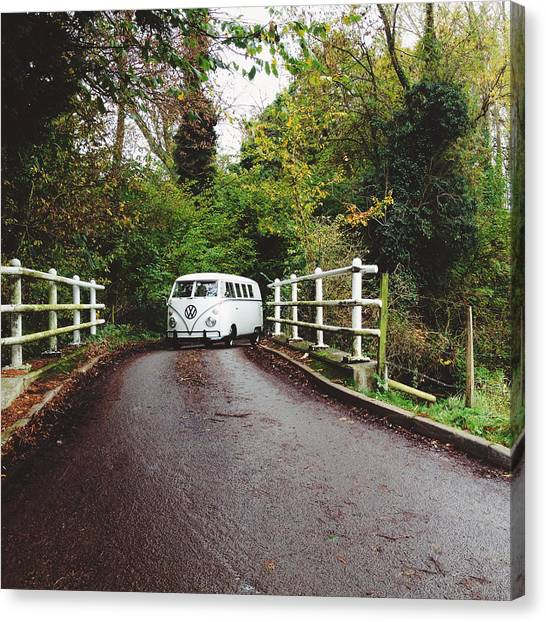 Vw Bus Canvas Print - Splitscreen Over Tewin Bridge II by Gemma Knight