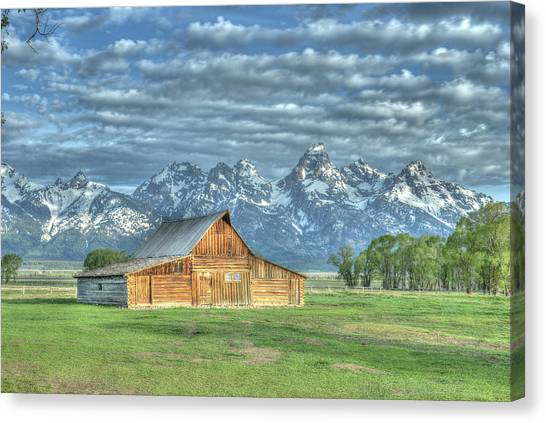 Canvas Print featuring the photograph Spring Barn by David Armstrong