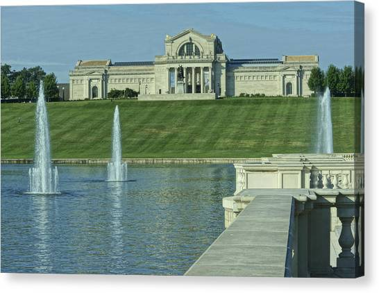 St Louis Art Museum And Grand Basin Canvas Print
