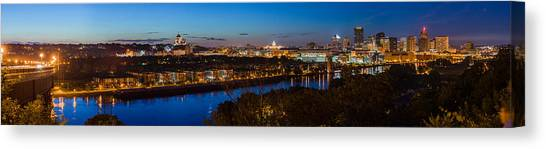 St Paul Skyline At Dusk Canvas Print