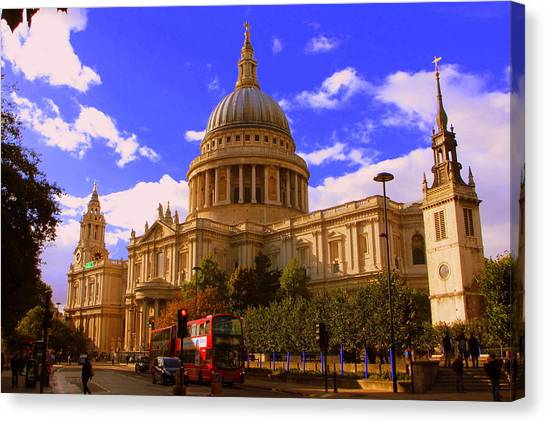St Pauls Catherdral Canvas Print by Donald Turner