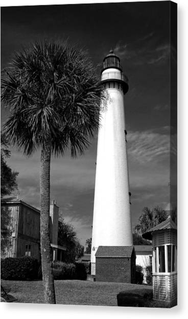 St. Simons Island Georgia Lighthouse In Black And White Canvas Print