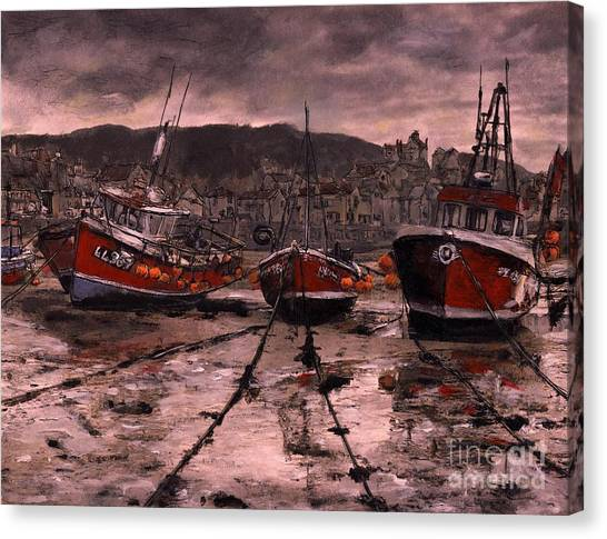 Staithes At Low Tide Canvas Print