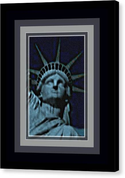 Statue Of Liberty 1 Canvas Print by Tracie Howard