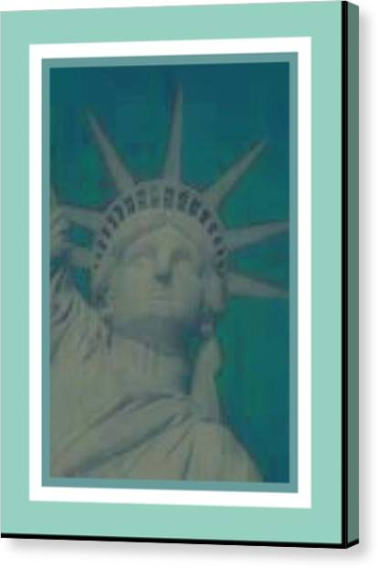 Statue Of Liberty 2 Canvas Print by Tracie Howard