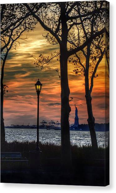 Statue Of Liberty From Battery Park Canvas Print