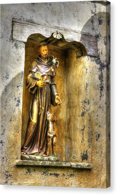 Statue Of Saint Francis Of Assisi - Alcove In The Gardens Of The Carmel Mission Canvas Print