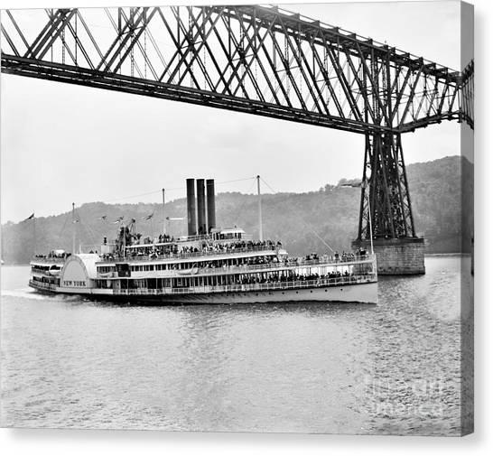 Steamer Albany Under Poughkeepsie Trestle Black And White Canvas Print