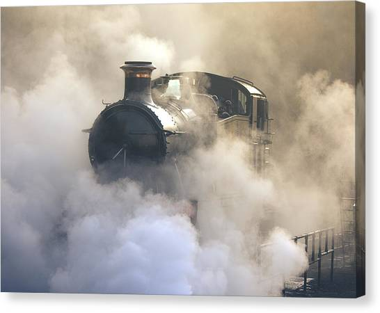 Steaming At Dawn No1 Canvas Print