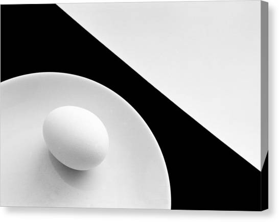 Still Life With Egg Canvas Print by Peter Hrabinsky