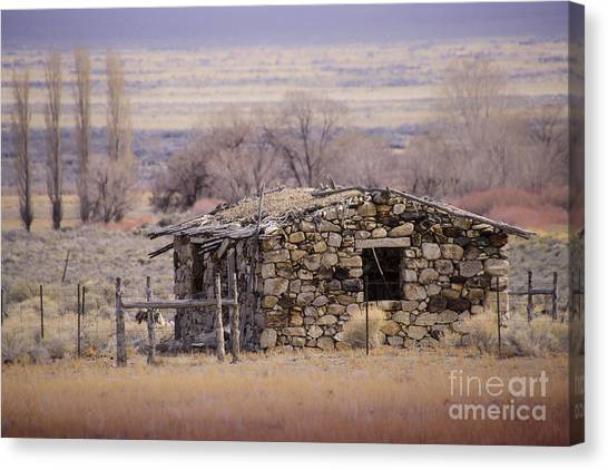 Stone Cabin In The Big Smoky Valley Canvas Print by Janis Knight