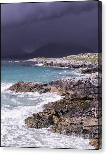 Storm Approaching Luskentyre Canvas Print by George Hodlin