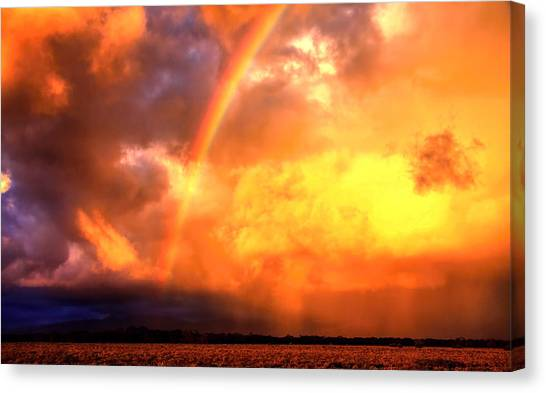 Storm Over The Flinders Ranges Canvas Print