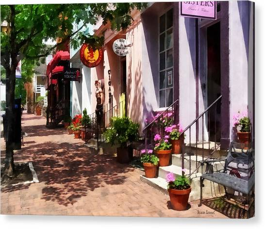 Alexandria Va - Street With Art Gallery And Tobacconist Canvas Print