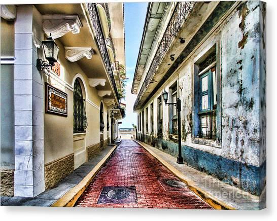 Streets Of El Casco Viejo 2  Canvas Print