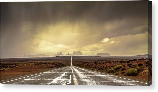 United Way Canvas Print - Strom In Monument Valley by Javier De La