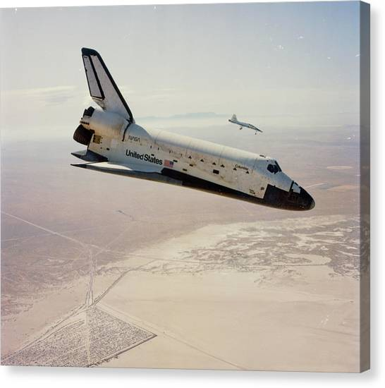 Space Shuttle Canvas Print - Sts-4 Returning To Edwards At The End Of Mission by Nasa/science Photo Library