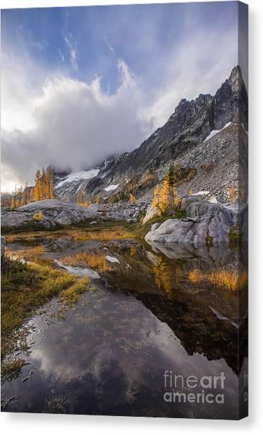 Horseshoe Falls Canvas Print - Stuart Range Soaring Fall Skies by Mike Reid