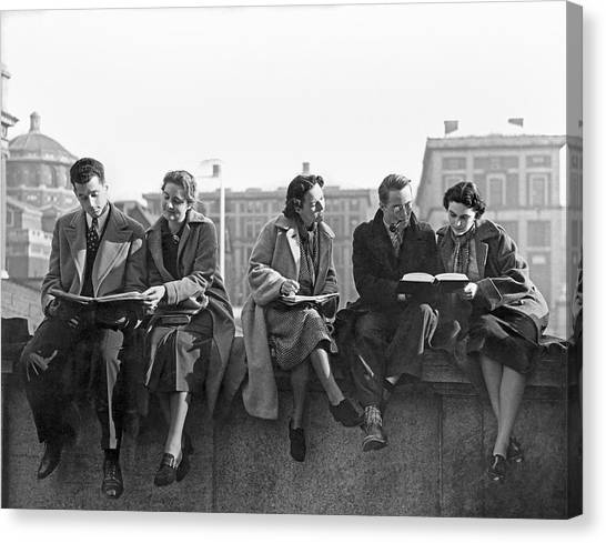 Columbia University Canvas Print - Students Study At Columbia by Underwood Archives