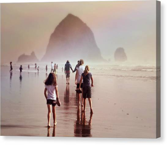 Summer At The Seashore  Canvas Print