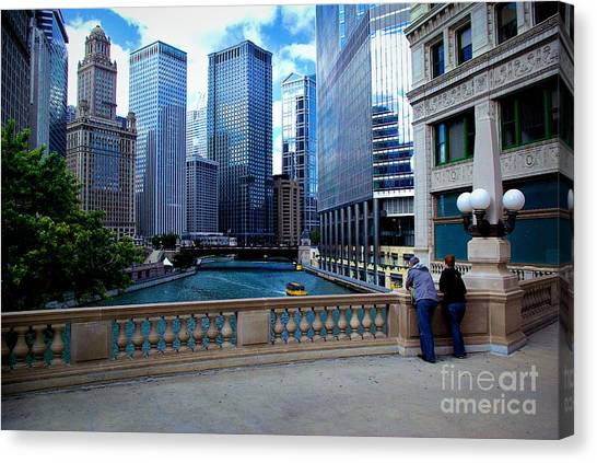 Summer Breeze On The Chicago River - Color Canvas Print