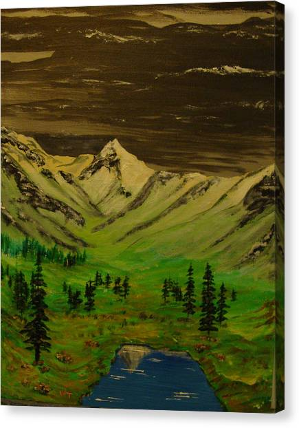Summer In The Mountains Canvas Print by Iam Wayne