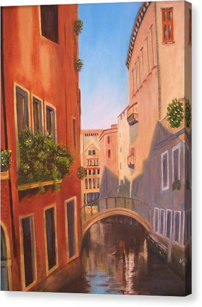 Summer In Venice Canvas Print by Edna Fenske