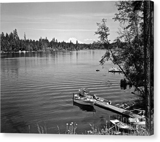 Canvas Print featuring the photograph Summer On The Lake by Merle Junk