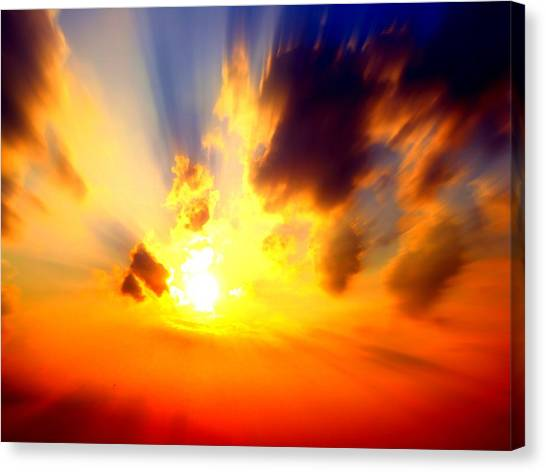 Sun Rays Canvas Print by Jose Lopez