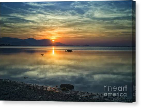Sun Reflection Canvas Print