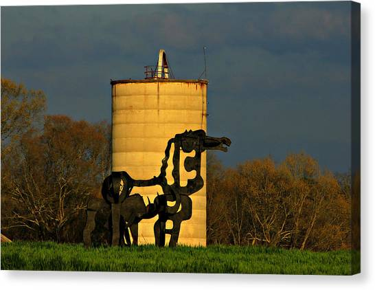 University Of Georgia Canvas Print - Historic Silo And The Iron Horse Sundown  by Reid Callaway