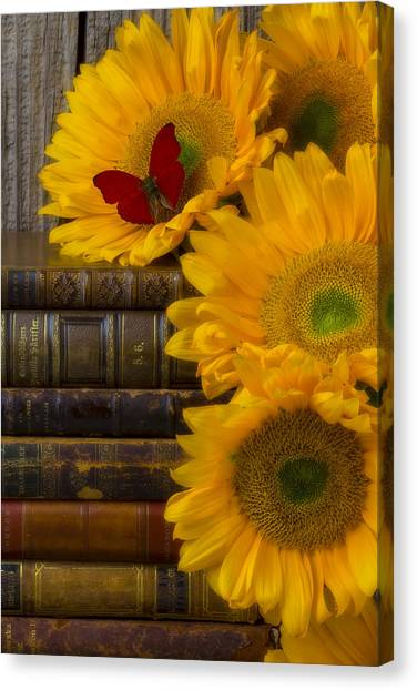 Sunflowers And Old Books Canvas Print