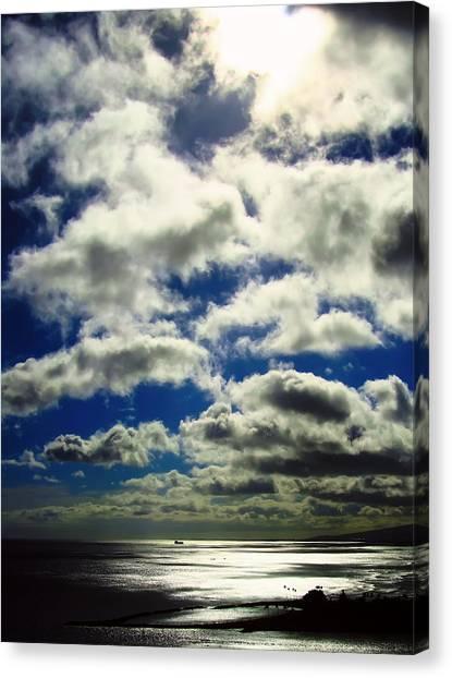 Sunlight Through The Clouds Canvas Print