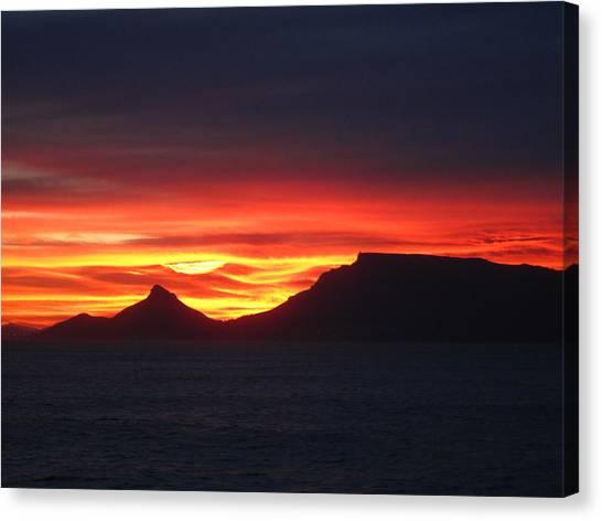Sunrise Over Table Mountain Canvas Print