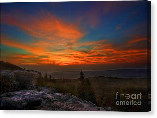 Sunrise At Bear Rocks In Dolly Sods Canvas Print