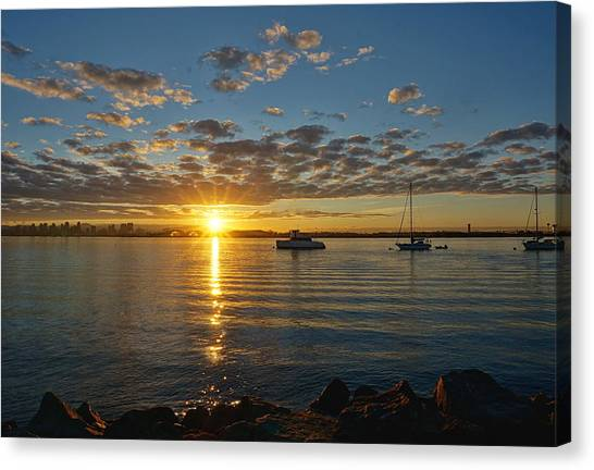 Sunrise At Shelter Island Canvas Print