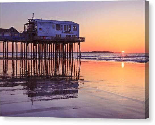 Sunrise At The Pier On Oob Canvas Print by Shane Borelli